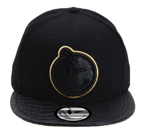 Yums Classic Outline Snapback - Black / Gator Gold