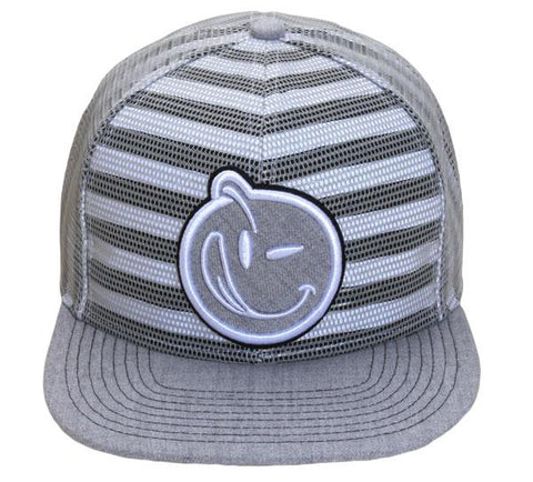 Yums Under Distortion Snapback - Grey / White