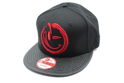 Yums X New Era 'Enso' Snapback - Black / Red