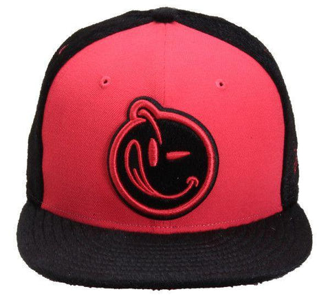 Yums Classic Outline Snapback - Black / Pink