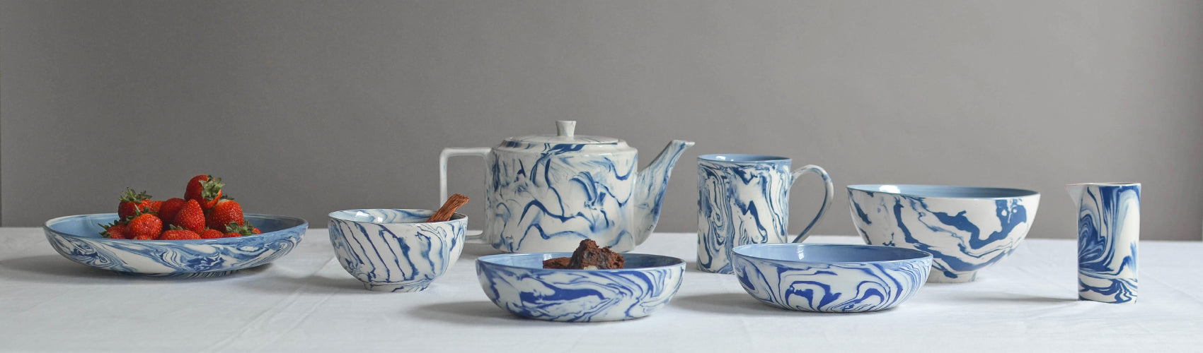 Nom Living Marbled Ceramic Blue and White Collection Header