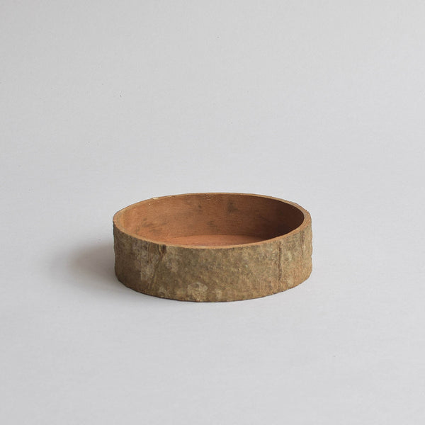 Cinnamon Round Tray With Bark, Small - Nom Living