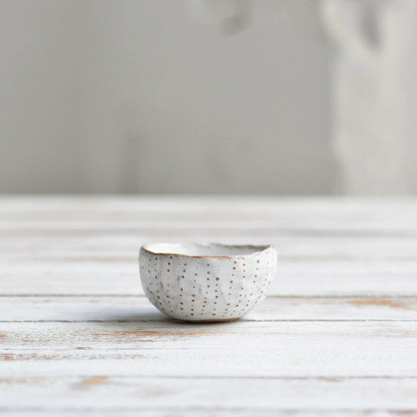 Nom Living Urchin Mini Pinch Bowl