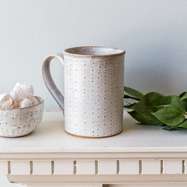 Nom Living Stoneware Urchin Tea Mug Holly
