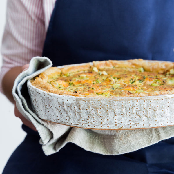 Nom Living Urchin Pie Mould Bakeware Quiche
