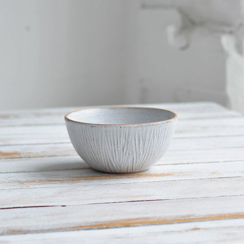 Fluted Forest Deep Round Bowl, Unglazed Rim