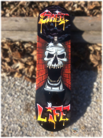 Graffiti Skull Can Skateboard - Perfection Airbrushing
