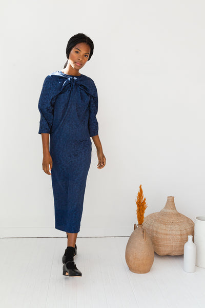 ALEXIS DRESS | NAVY VISCOSE JACQUARD