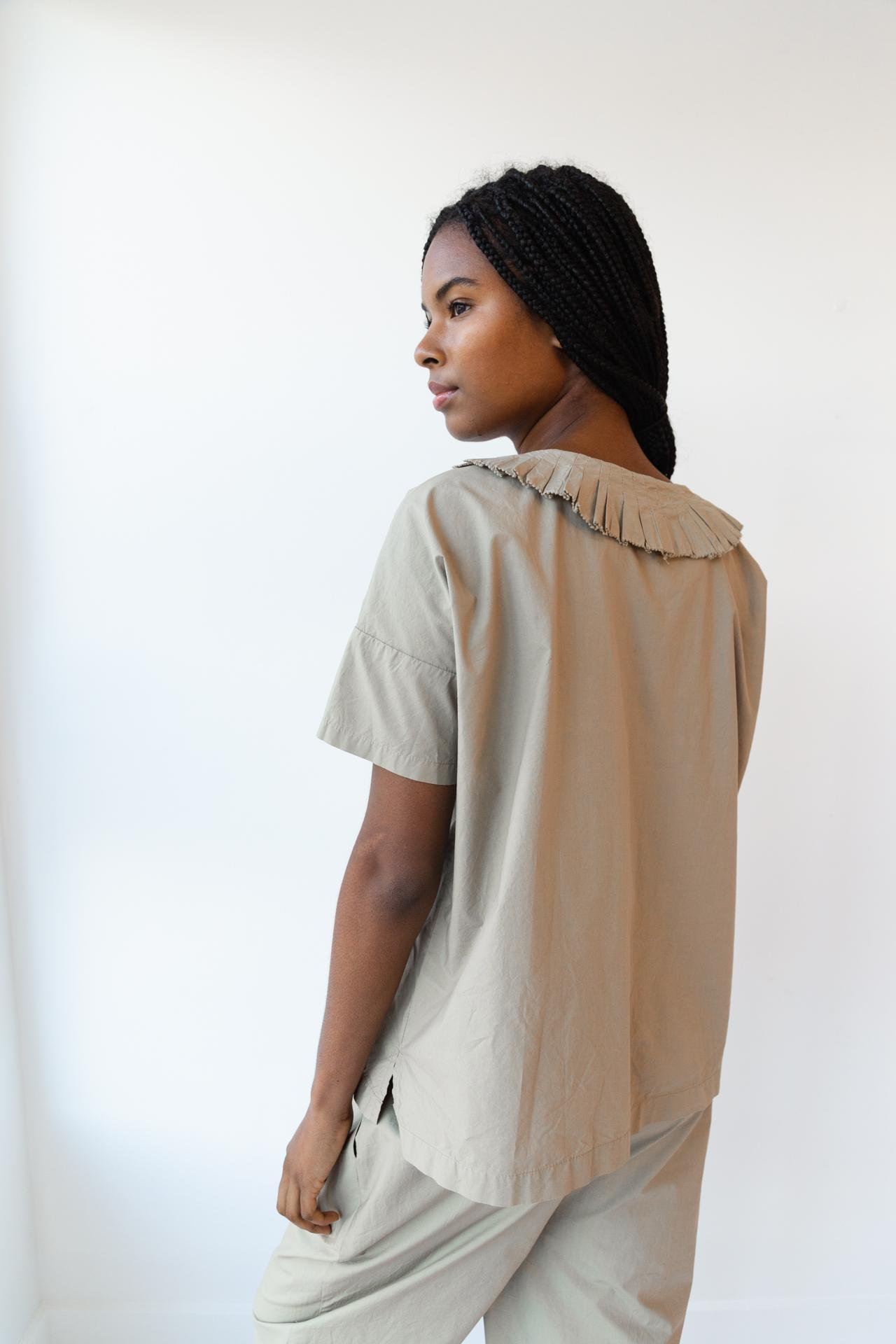 ARTS TOP | KHAKI POPLIN