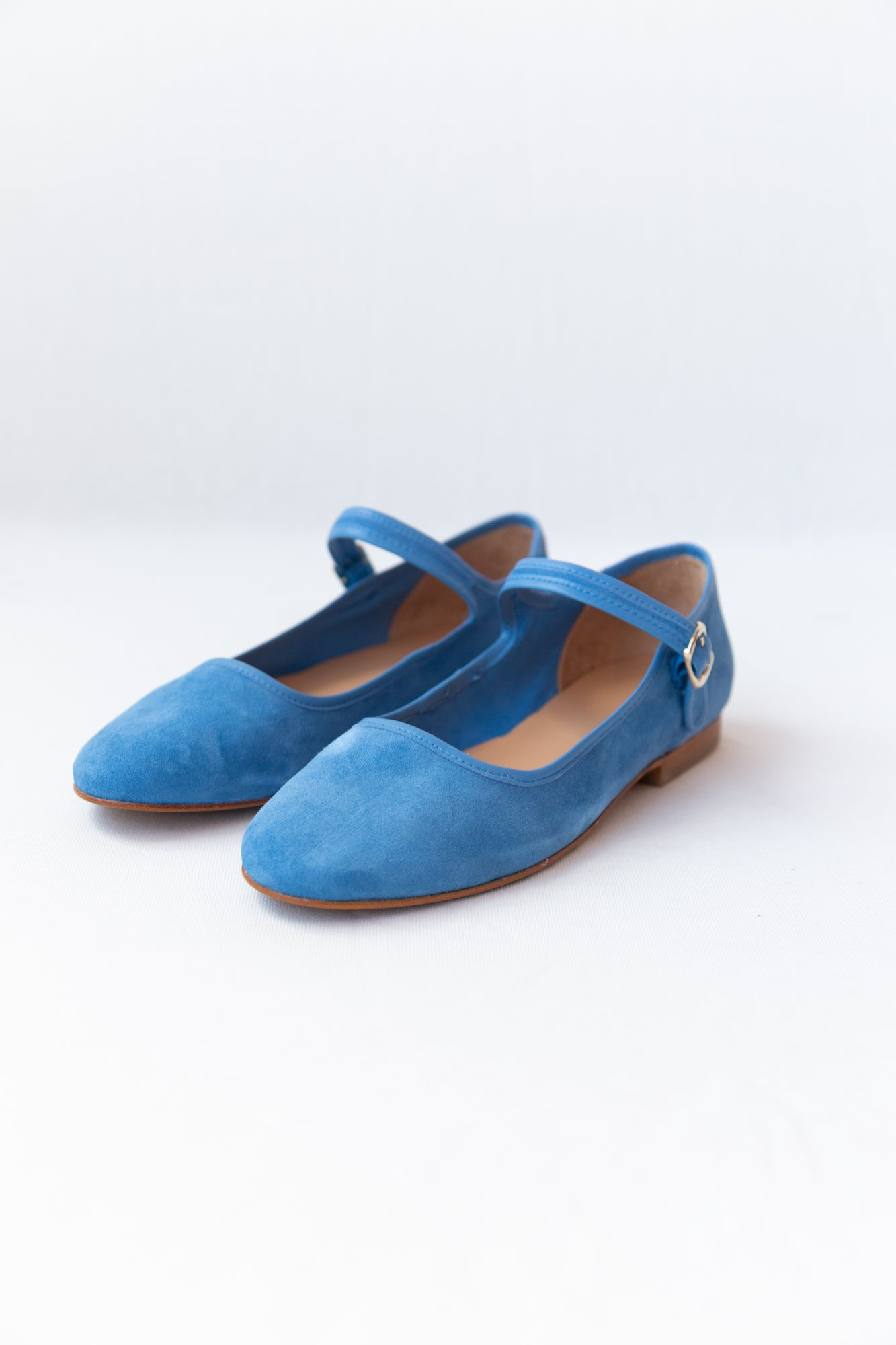 ELLIE MARY JANES | CIELO SUEDE