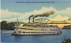 Excursion Boat Passing Through Drawbridge Clinton Iowa Vintage Postcard (unused) - Vintage Postcard Boutique