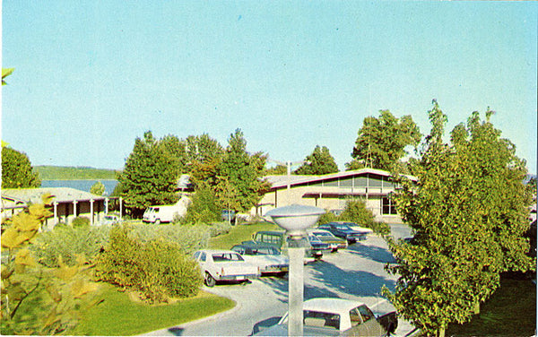 Gilbertsville Kentucky Dam Village State Park Vintage Postcard (unused) - Vintage Postcard Boutique