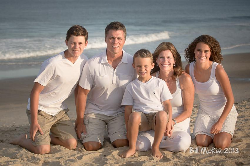 Large multi Family Portrait session on the beach. - Bill McKim Photography -Jersey Shore whale watch tours