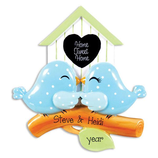 BIRDHOUSE COUPLE~Personalized christmas ornament