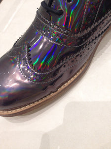 Ladies 8.5 Gents 7 US | 6 UK | 39 EU Holographic/Iridescent (sample sale) A