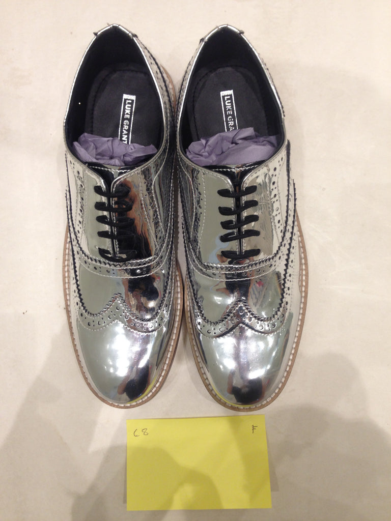 Size 8 UK Silver/mirror/chrome (sample sale) F