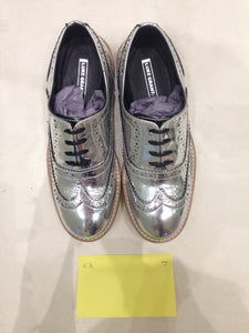 Ladies 5.5 Gents 4 US Silver/mirror/chrome (sample sale) J