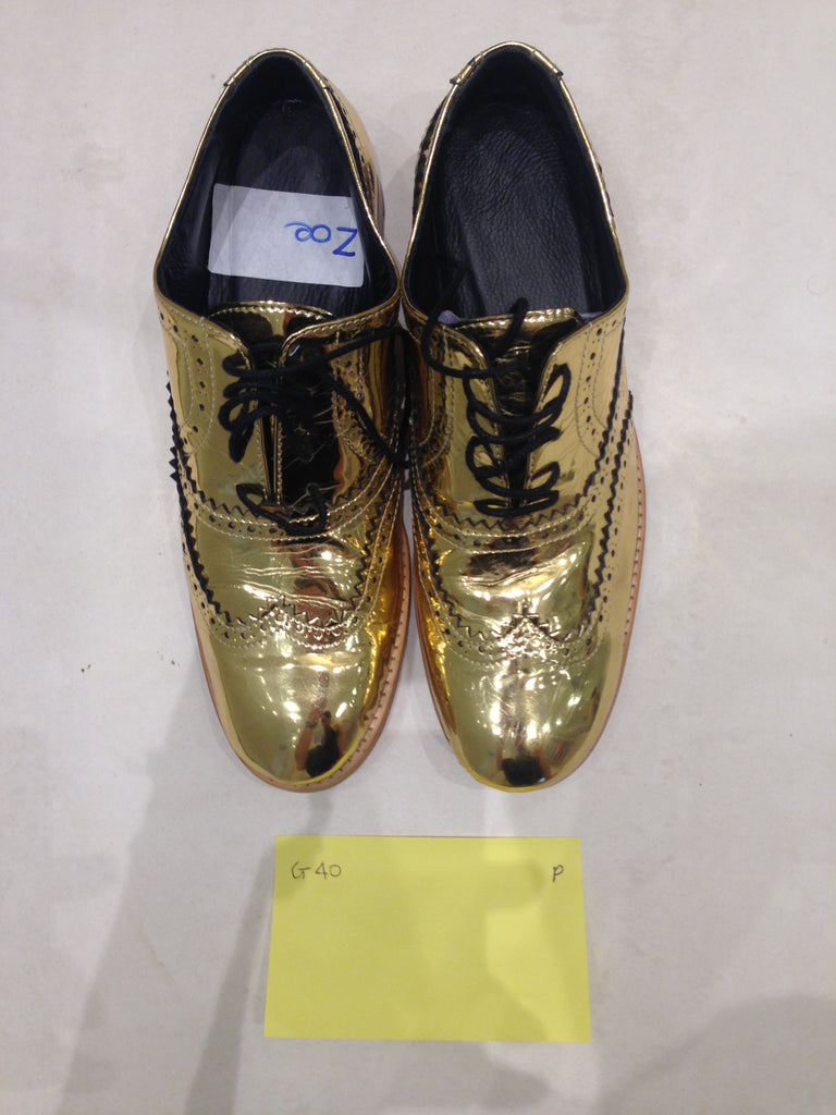 Size 6 gold/mirror (sample sale) P