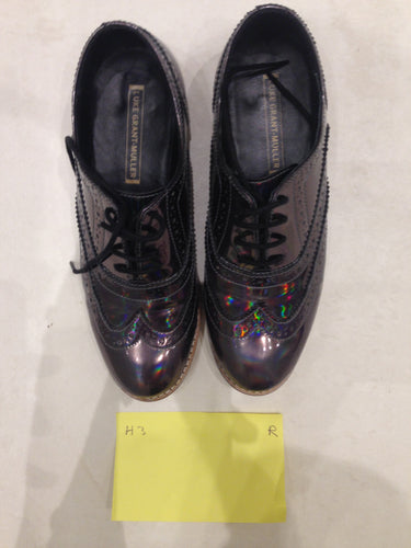Ladies 5.5 Gents 4 US Holographic/Iridescent (sample sale) R