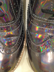 Ladies 5.5 Gents 4 US | 3 UK | 35/36 EU Holographic/Iridescent (sample sale) R