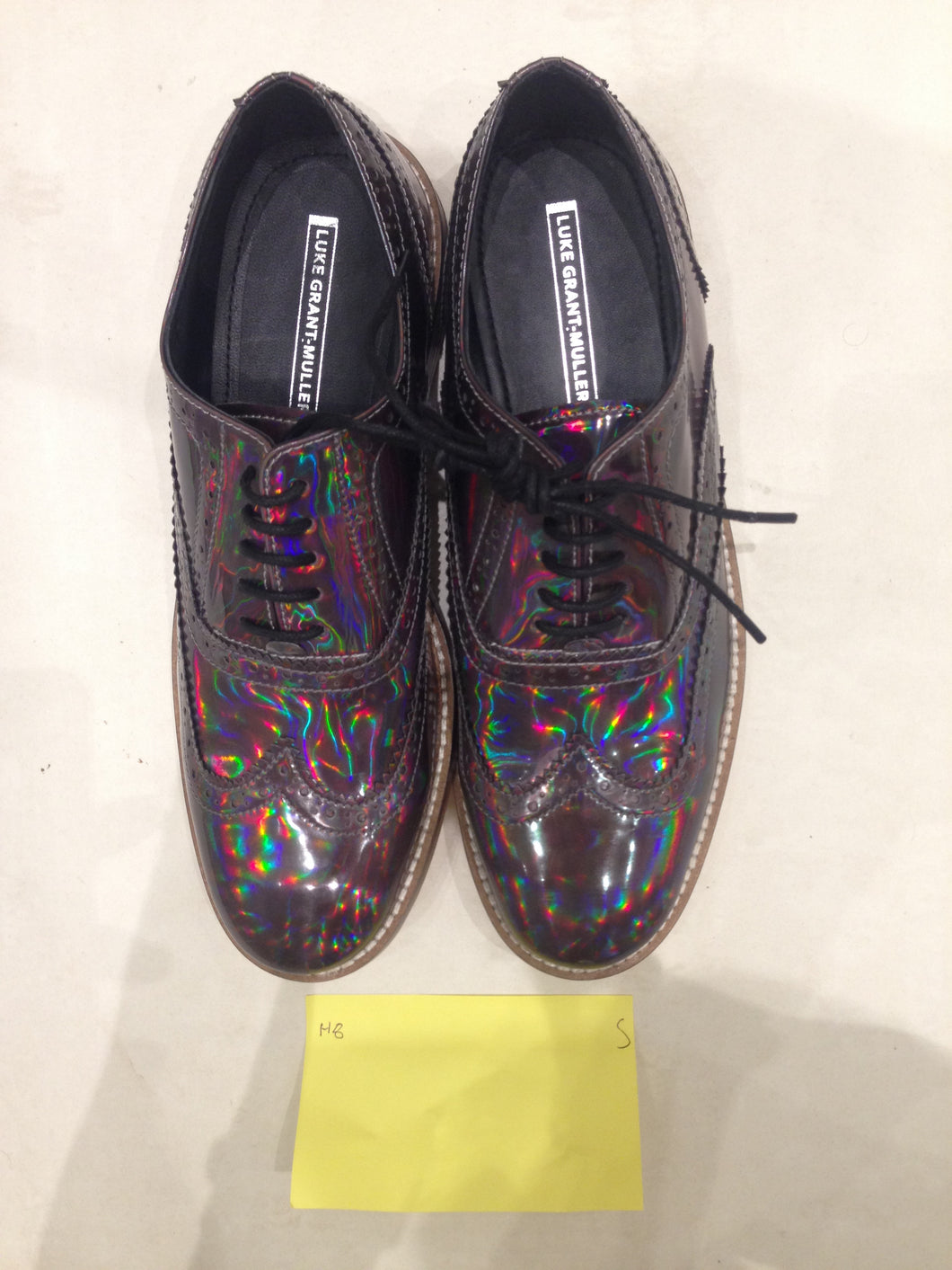Ladies 10.5 Gents 9 US | 8 UK | 43 EU Holographic/Iridescent (sample sale) S