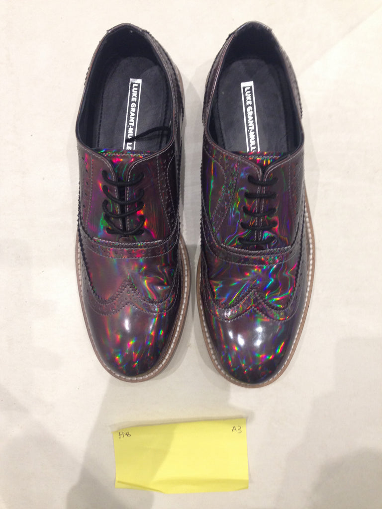 Size 8 Holographic/Iridescent (sample sale) A3