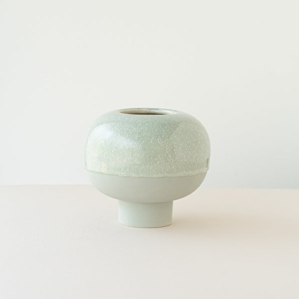 Koop ceramic vase in pastel green
