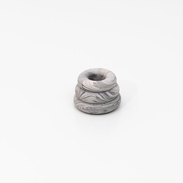 Triple O Candleholder in marble grey Jesmonite