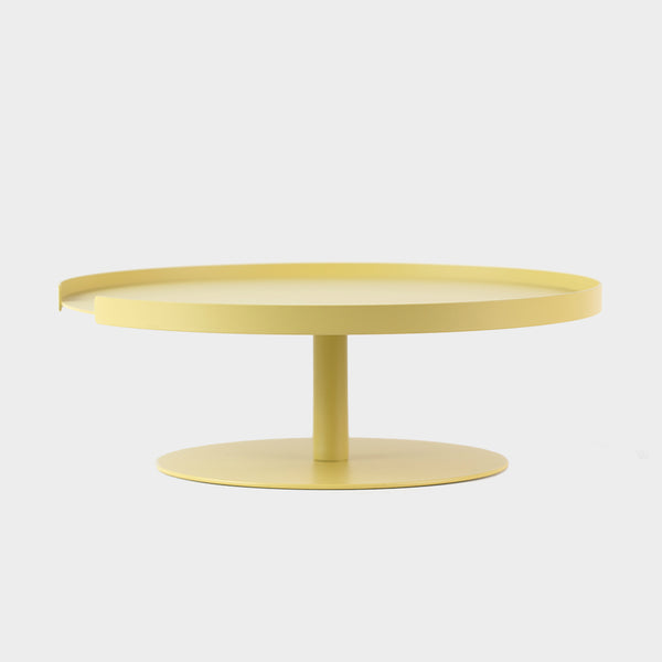 cake stand 1 tier in yellow lemon by designbite