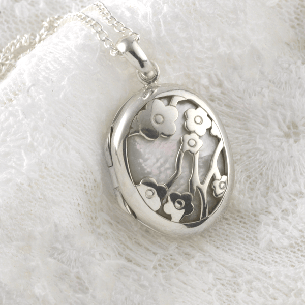 Floral Mother-of-Pearl Locket - The Locket Tree