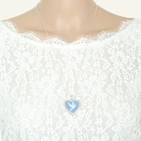 Cameo Dove Locket - The Locket Tree