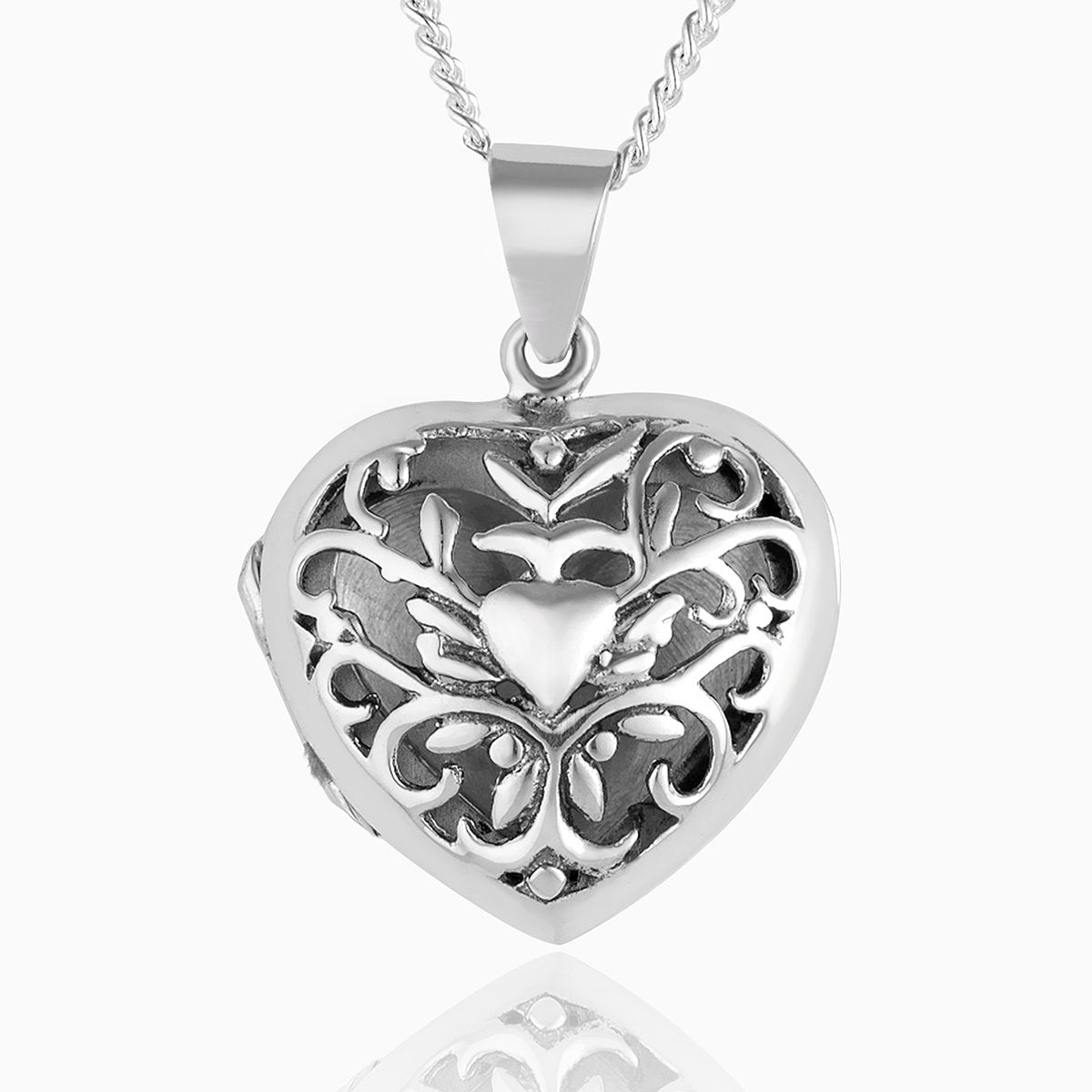 Product title: Scrolling Heart Locket, product type: Locket