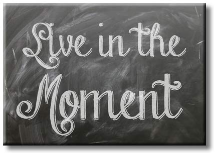 Live in The Moment, Picture on Streched Canvas, Wall Art Décor, Ready to Hang