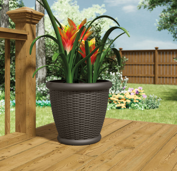 "Suncast 18"" Willow™ Resin Wicker Planter (4-Pack)"