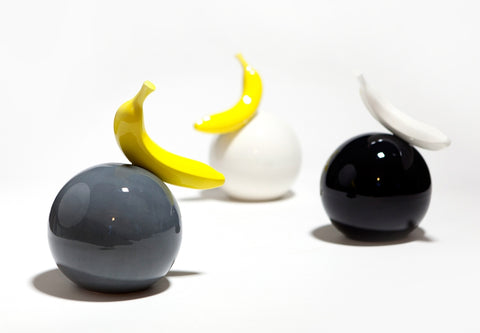Ball with Banana - Ceramic sculpture
