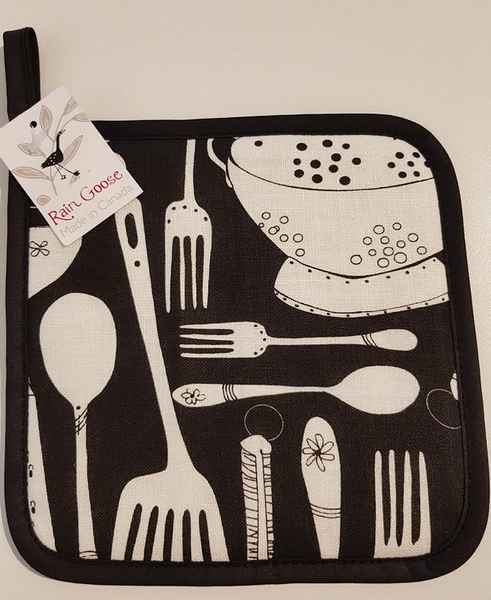 Pot Holder, Black Utensils