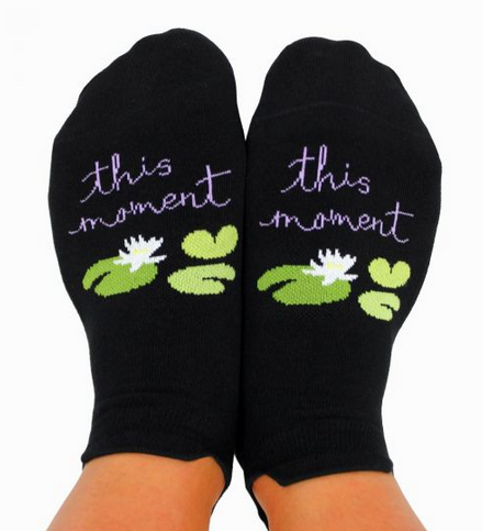 YOGA SOCKS WITH GRIPS - This Moment