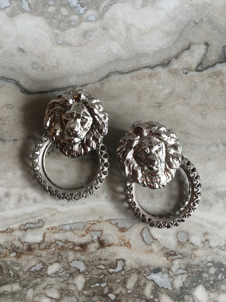 Lion's door earrings