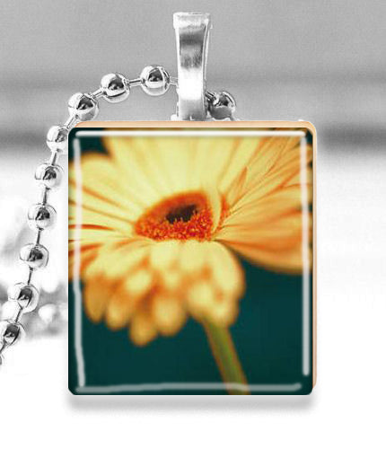 Scrabble Tile Pendant with Silver Ball Chain Necklace (Daisy)