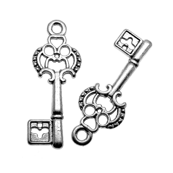Antique Silver Skeleton Key Charms / Small Silver Key Bracelet or Necklace Charms  [10 pieces]  -- Lead, Nickel & Cadmium free A26