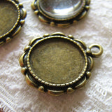 Antique Brass Round 14mm Bezels / Bronze 14mm Cabochon Settings / Pendant Settings [10 pieces] -- Lead, Nickel & Cadmium Free H3A