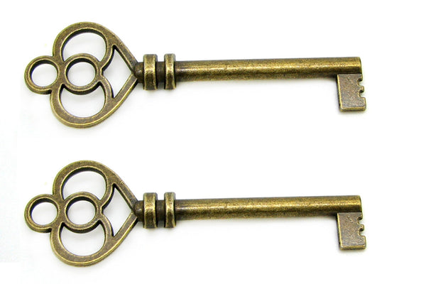 Antique Bronze Heart Skeleton Key Charms / Heart Skeleton Key Pendants / Wedding Keys -- Lead, Nickel & Cadmium Free 81921.L3