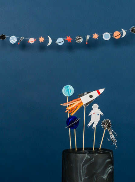 To The Moon Mini Garland