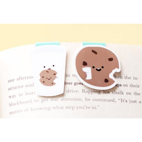 Milk and Cookie Mini Magnetic Bookmarks