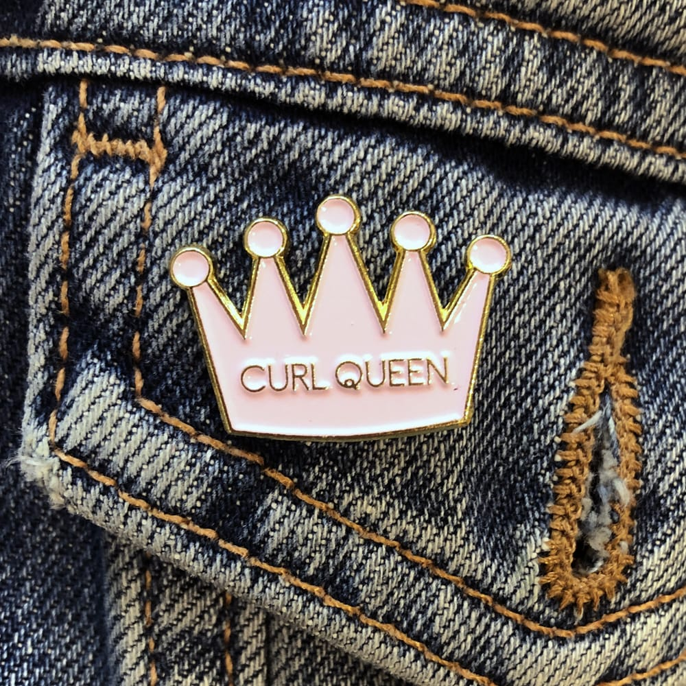 Only Curls Pin Badge - Curl Queen - Only Curls