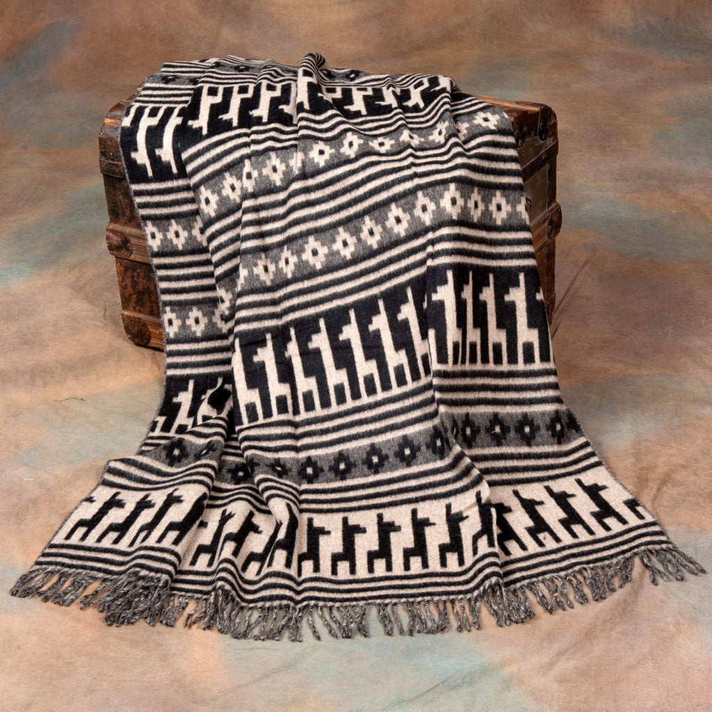 Alpaca Motif Throw