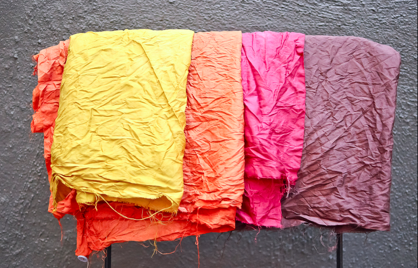 5 Pantone Colors of Fall, and How to Dye Clothes Naturally