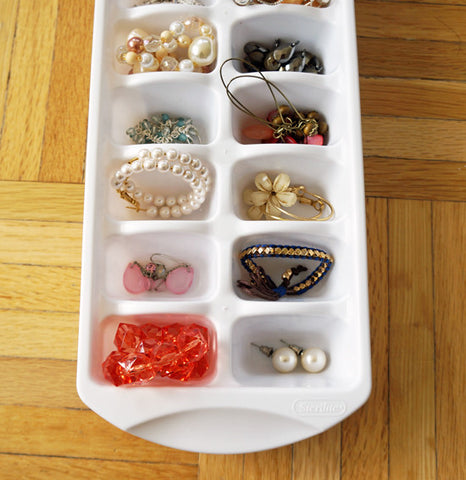 ice cube tray jewelry organizer