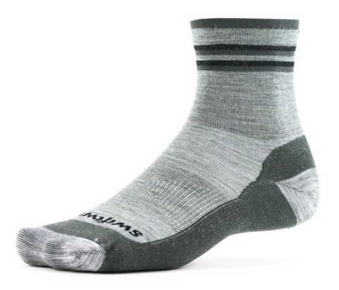 Swiftwick Pursuit Hike Two, Ultralight Cushion