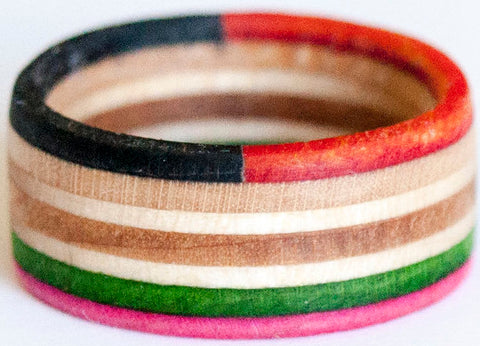 RINGS / RECYCLED RING / 8 - PINK/GREEN/BLACK-RED
